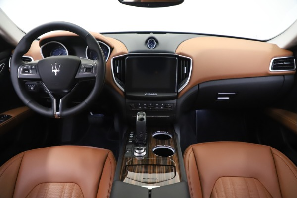 New 2020 Maserati Ghibli S Q4 GranLusso for sale $89,535 at Aston Martin of Greenwich in Greenwich CT 06830 16