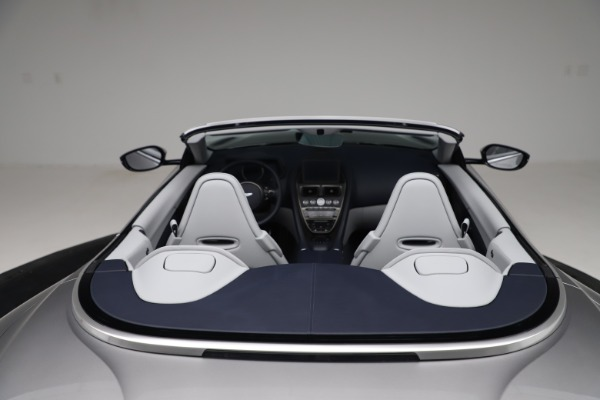 New 2020 Aston Martin DB11 Volante Convertible for sale $271,161 at Aston Martin of Greenwich in Greenwich CT 06830 21