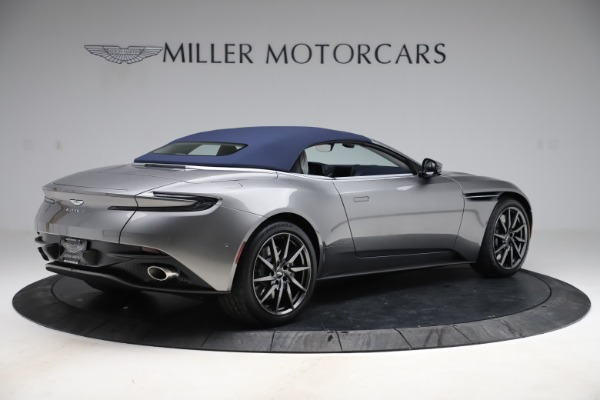 New 2020 Aston Martin DB11 Volante Convertible for sale $271,161 at Aston Martin of Greenwich in Greenwich CT 06830 22