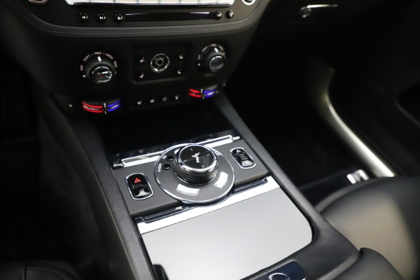 Used 2015 Rolls-Royce Wraith for sale Sold at Aston Martin of Greenwich in Greenwich CT 06830 21