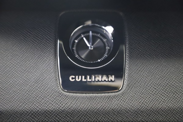 New 2020 Rolls-Royce Cullinan for sale Sold at Aston Martin of Greenwich in Greenwich CT 06830 28