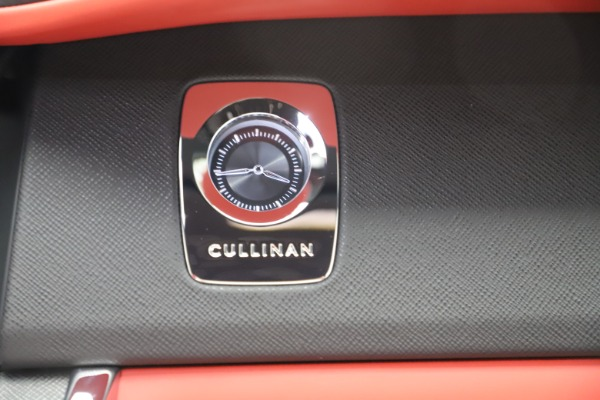 New 2020 Rolls-Royce Cullinan for sale Call for price at Aston Martin of Greenwich in Greenwich CT 06830 28