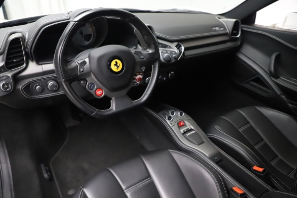 Used 2013 Ferrari 458 Italia for sale $186,900 at Aston Martin of Greenwich in Greenwich CT 06830 13