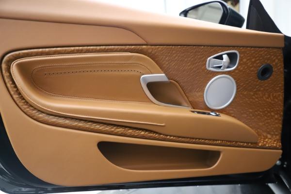 New 2020 Aston Martin DB11 Volante Convertible for sale $290,801 at Aston Martin of Greenwich in Greenwich CT 06830 19