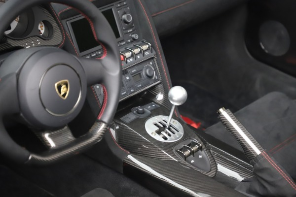 Used 2013 Lamborghini Gallardo LP 570-4 Spyder Performante for sale Sold at Aston Martin of Greenwich in Greenwich CT 06830 20