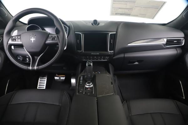 New 2020 Maserati Levante S Q4 GranSport for sale $102,285 at Aston Martin of Greenwich in Greenwich CT 06830 16