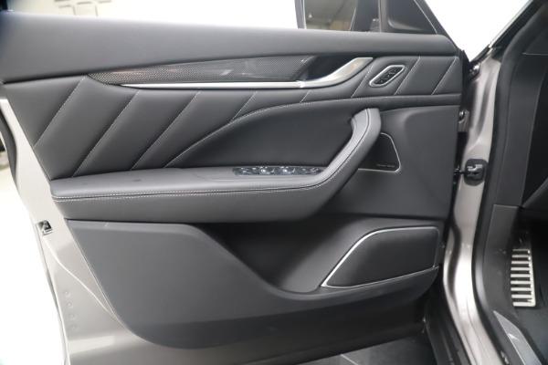New 2020 Maserati Levante S Q4 GranSport for sale $102,285 at Aston Martin of Greenwich in Greenwich CT 06830 17