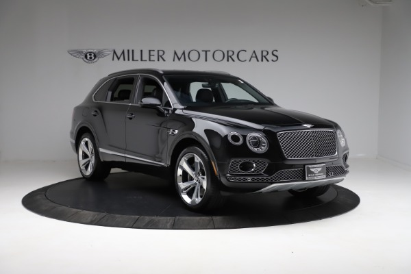 Used 2017 Bentley Bentayga W12 for sale $139,900 at Aston Martin of Greenwich in Greenwich CT 06830 11