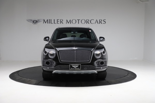 Used 2017 Bentley Bentayga W12 for sale $139,900 at Aston Martin of Greenwich in Greenwich CT 06830 12