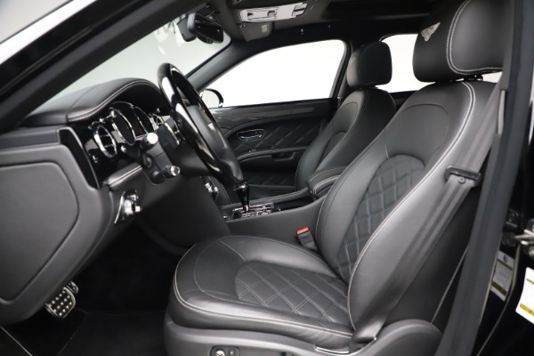 Used 2016 Bentley Mulsanne Speed for sale $149,900 at Aston Martin of Greenwich in Greenwich CT 06830 17