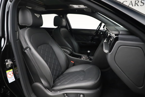 Used 2016 Bentley Mulsanne Speed for sale $149,900 at Aston Martin of Greenwich in Greenwich CT 06830 28