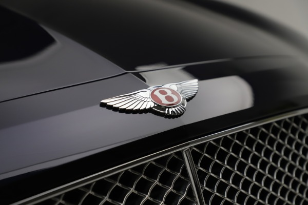 Used 2016 Bentley Flying Spur V8 for sale $114,900 at Aston Martin of Greenwich in Greenwich CT 06830 14