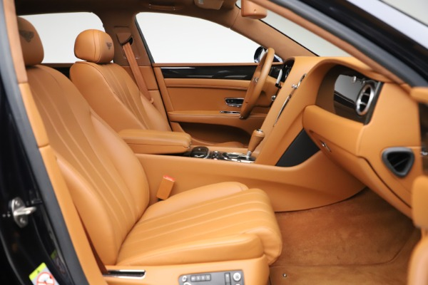 Used 2016 Bentley Flying Spur V8 for sale $114,900 at Aston Martin of Greenwich in Greenwich CT 06830 23