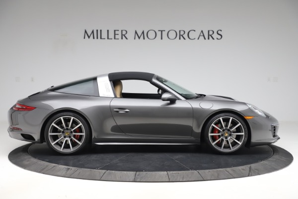 Used 2017 Porsche 911 Targa 4S for sale $119,900 at Aston Martin of Greenwich in Greenwich CT 06830 16