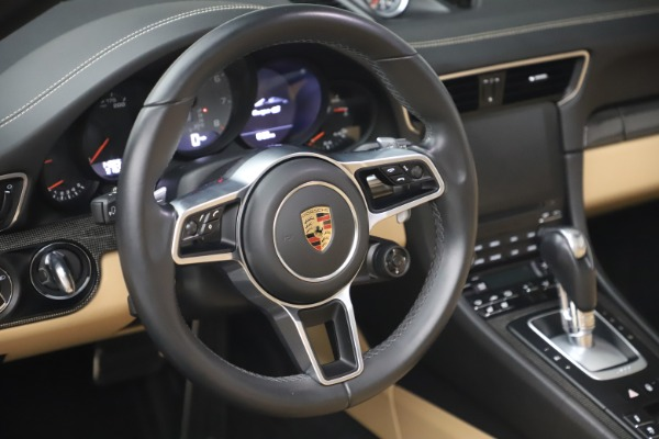 Used 2017 Porsche 911 Targa 4S for sale $119,900 at Aston Martin of Greenwich in Greenwich CT 06830 27