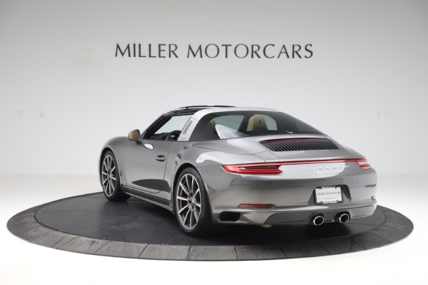 Used 2017 Porsche 911 Targa 4S for sale $119,900 at Aston Martin of Greenwich in Greenwich CT 06830 5