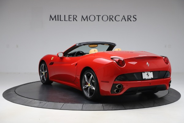 Used 2014 Ferrari California 30 for sale $127,900 at Aston Martin of Greenwich in Greenwich CT 06830 5