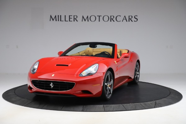 Used 2014 Ferrari California 30 for sale $127,900 at Aston Martin of Greenwich in Greenwich CT 06830 1