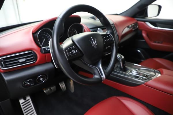 Used 2019 Maserati Levante S Q4 GranLusso for sale $73,900 at Aston Martin of Greenwich in Greenwich CT 06830 13