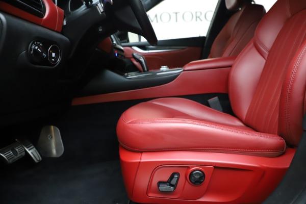 Used 2019 Maserati Levante S Q4 GranLusso for sale $73,900 at Aston Martin of Greenwich in Greenwich CT 06830 14