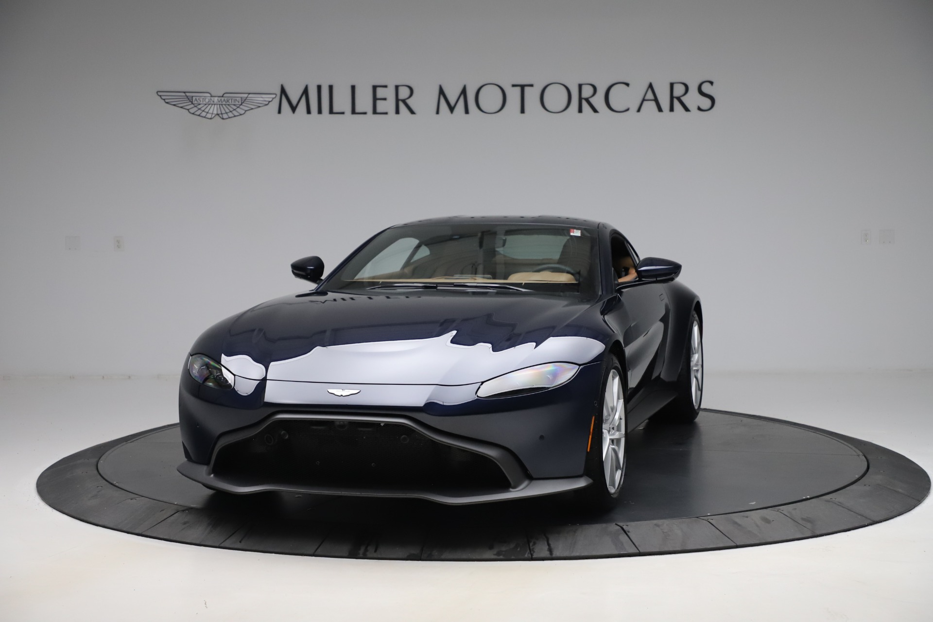 New 2020 Aston Martin Vantage Coupe for sale $174,731 at Aston Martin of Greenwich in Greenwich CT 06830 1