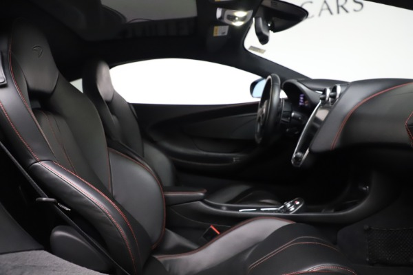 Used 2017 McLaren 570GT for sale $145,900 at Aston Martin of Greenwich in Greenwich CT 06830 13