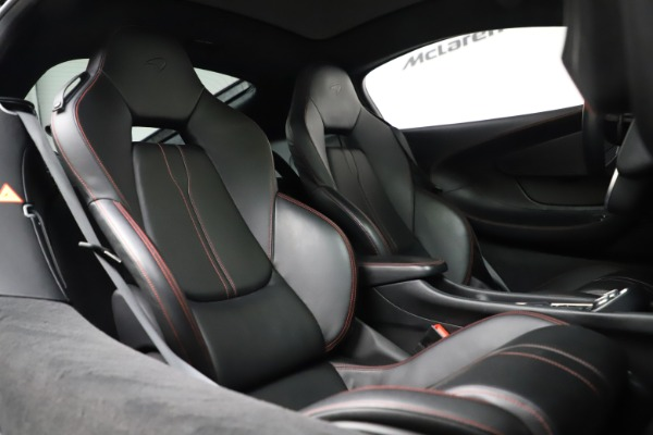 Used 2017 McLaren 570GT for sale $145,900 at Aston Martin of Greenwich in Greenwich CT 06830 14