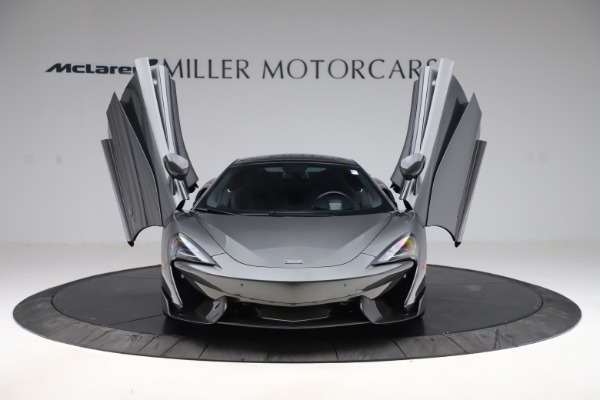 Used 2017 McLaren 570GT for sale $145,900 at Aston Martin of Greenwich in Greenwich CT 06830 7
