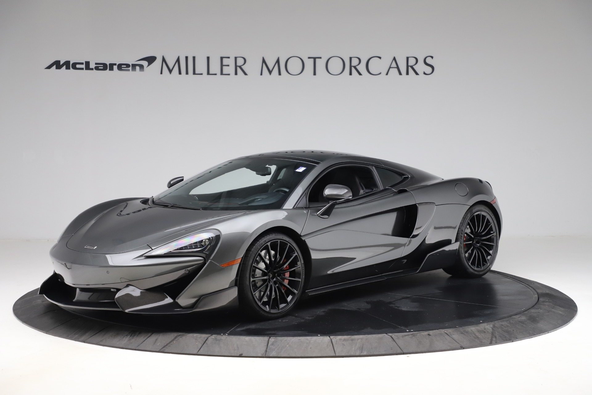 Used 2017 McLaren 570GT for sale $145,900 at Aston Martin of Greenwich in Greenwich CT 06830 1