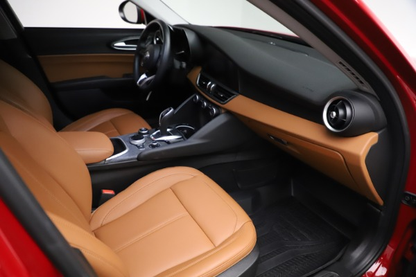 Used 2020 Alfa Romeo Giulia Q4 for sale Sold at Aston Martin of Greenwich in Greenwich CT 06830 20