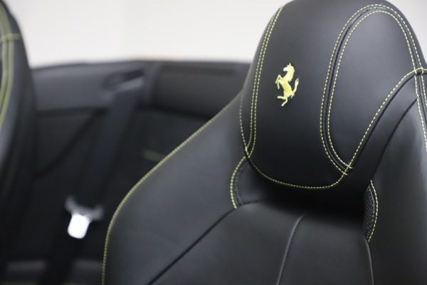 Used 2015 Ferrari California T for sale Sold at Aston Martin of Greenwich in Greenwich CT 06830 28
