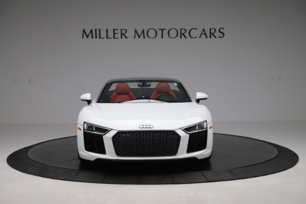 Used 2017 Audi R8 5.2 quattro V10 Spyder for sale $138,900 at Aston Martin of Greenwich in Greenwich CT 06830 12