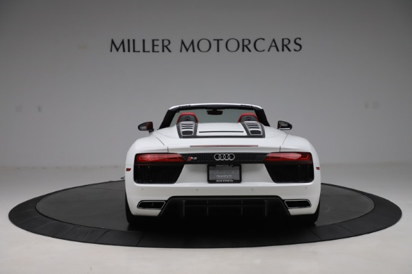 Used 2017 Audi R8 5.2 quattro V10 Spyder for sale $138,900 at Aston Martin of Greenwich in Greenwich CT 06830 6