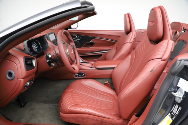 New 2020 Aston Martin DB11 Volante Convertible for sale $263,681 at Aston Martin of Greenwich in Greenwich CT 06830 19