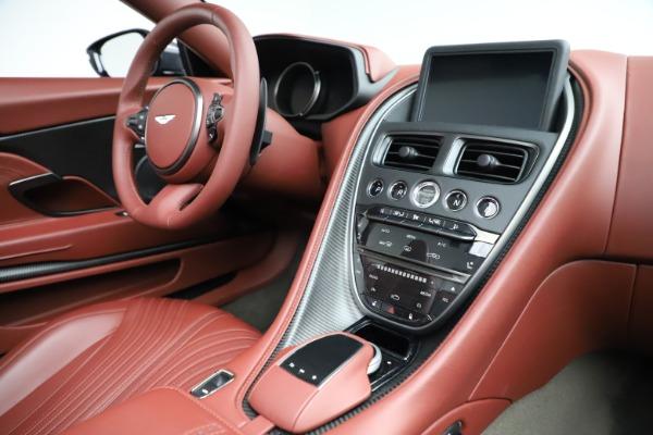 New 2020 Aston Martin DB11 Volante Convertible for sale $263,681 at Aston Martin of Greenwich in Greenwich CT 06830 24