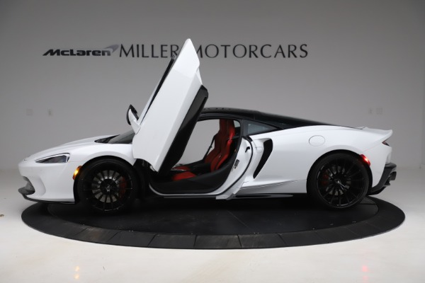 New 2020 McLaren GT Pioneer for sale $257,242 at Aston Martin of Greenwich in Greenwich CT 06830 11