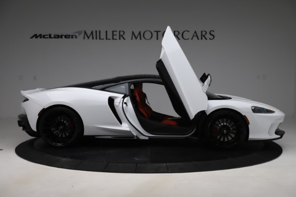 New 2020 McLaren GT Pioneer for sale $257,242 at Aston Martin of Greenwich in Greenwich CT 06830 15