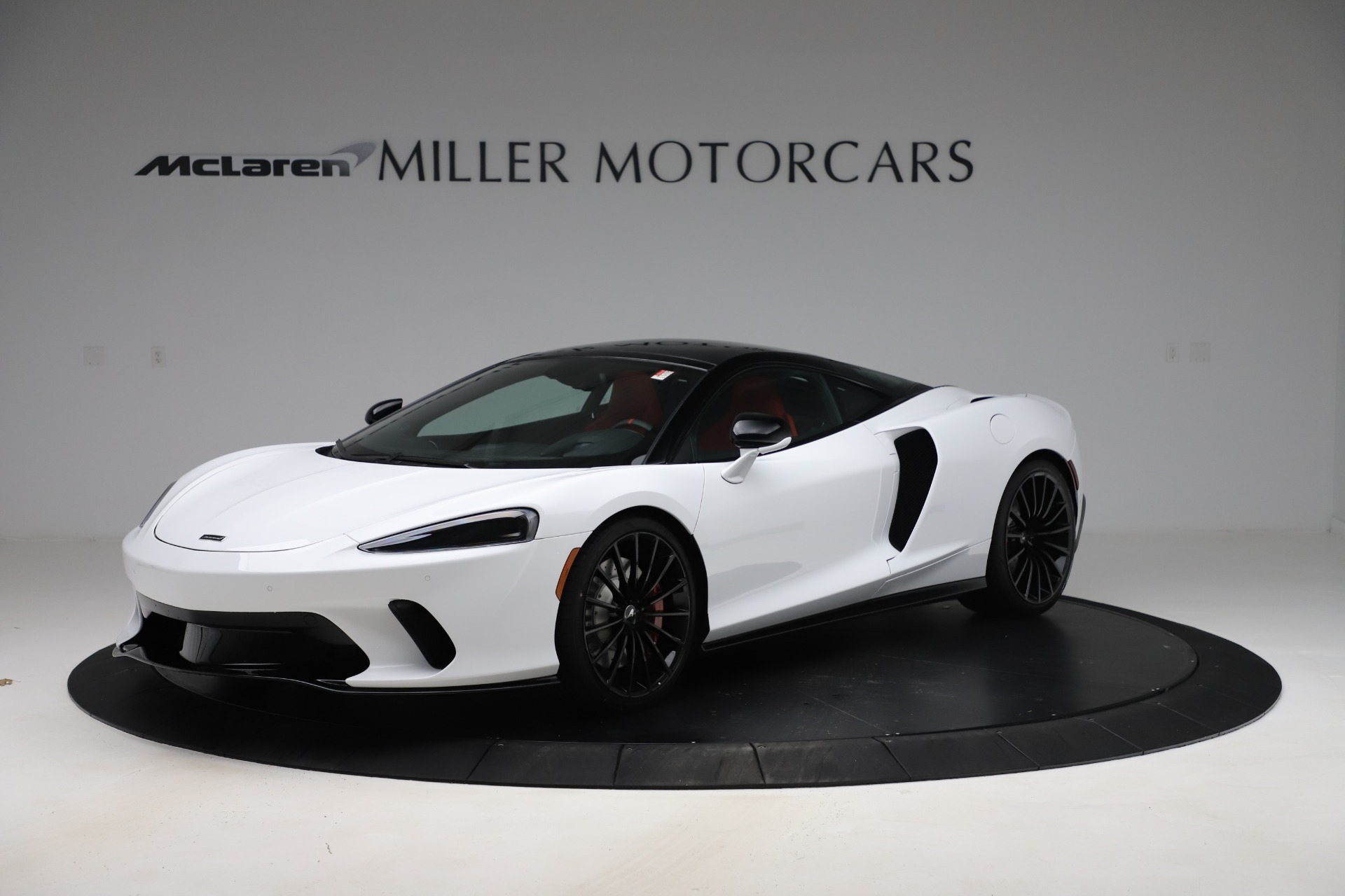 New 2020 McLaren GT Pioneer for sale $257,242 at Aston Martin of Greenwich in Greenwich CT 06830 1