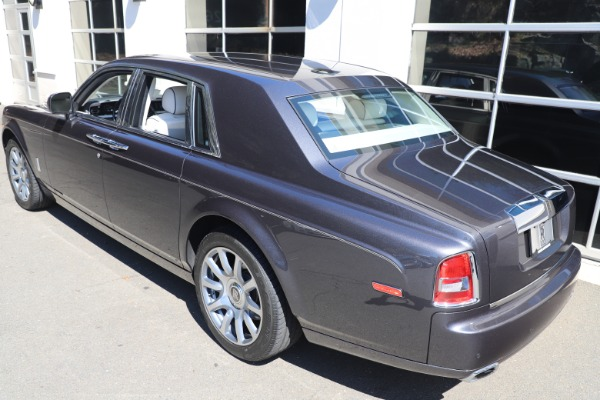 Used 2013 Rolls-Royce Phantom for sale Sold at Aston Martin of Greenwich in Greenwich CT 06830 4