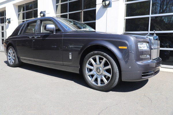 Used 2013 Rolls-Royce Phantom for sale Sold at Aston Martin of Greenwich in Greenwich CT 06830 8