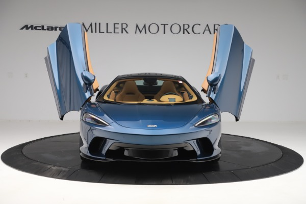 Used 2020 McLaren GT Luxe for sale Call for price at Aston Martin of Greenwich in Greenwich CT 06830 13