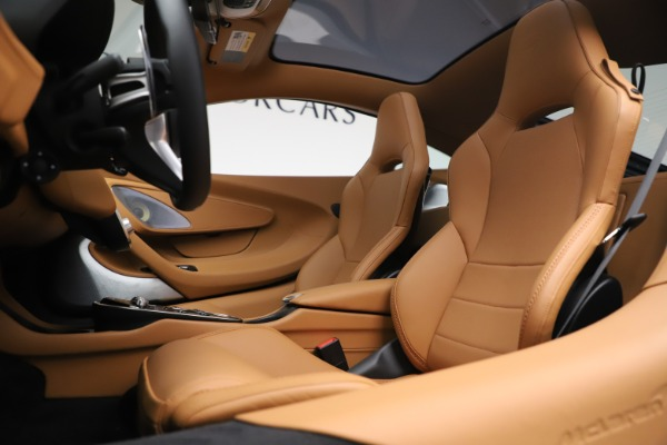 Used 2020 McLaren GT Luxe for sale Call for price at Aston Martin of Greenwich in Greenwich CT 06830 16