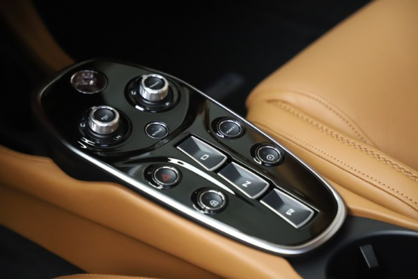 Used 2020 McLaren GT Luxe for sale Call for price at Aston Martin of Greenwich in Greenwich CT 06830 18