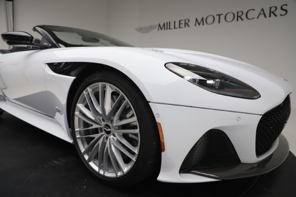 New 2020 Aston Martin DBS Superleggera Volante Convertible for sale $353,931 at Aston Martin of Greenwich in Greenwich CT 06830 24