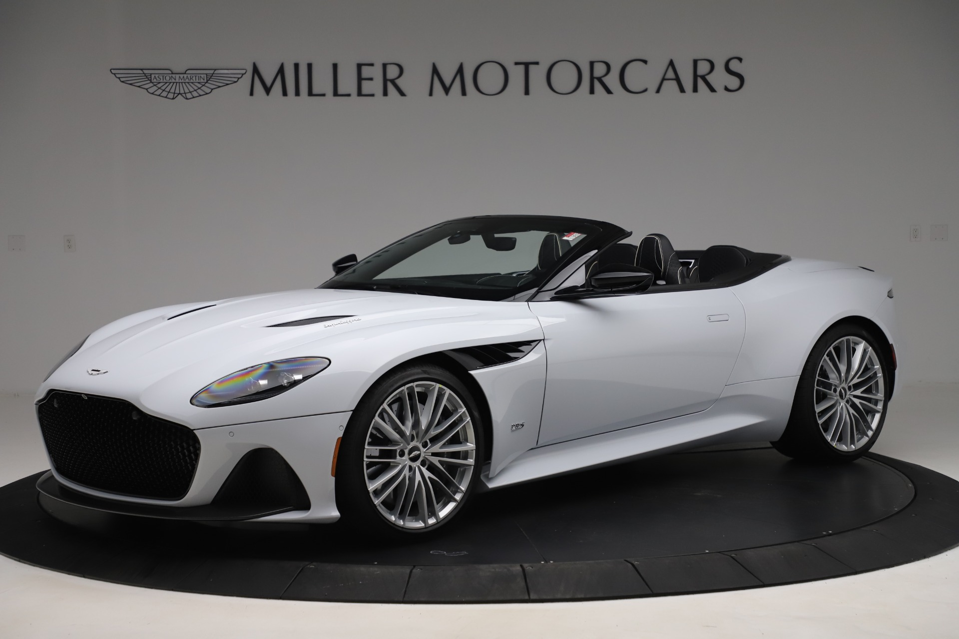 New 2020 Aston Martin DBS Superleggera Volante Convertible for sale $353,931 at Aston Martin of Greenwich in Greenwich CT 06830 1