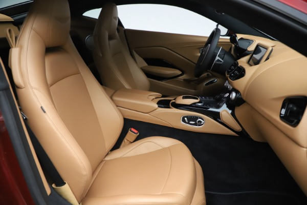 New 2020 Aston Martin Vantage Coupe for sale $185,991 at Aston Martin of Greenwich in Greenwich CT 06830 18