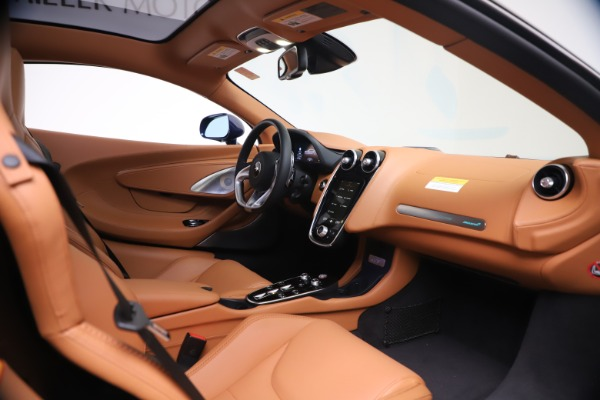 New 2020 McLaren GT Luxe for sale $244,675 at Aston Martin of Greenwich in Greenwich CT 06830 18