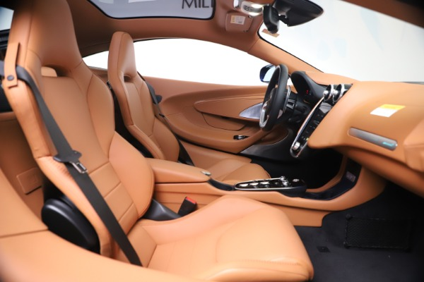 New 2020 McLaren GT Luxe for sale $244,675 at Aston Martin of Greenwich in Greenwich CT 06830 19