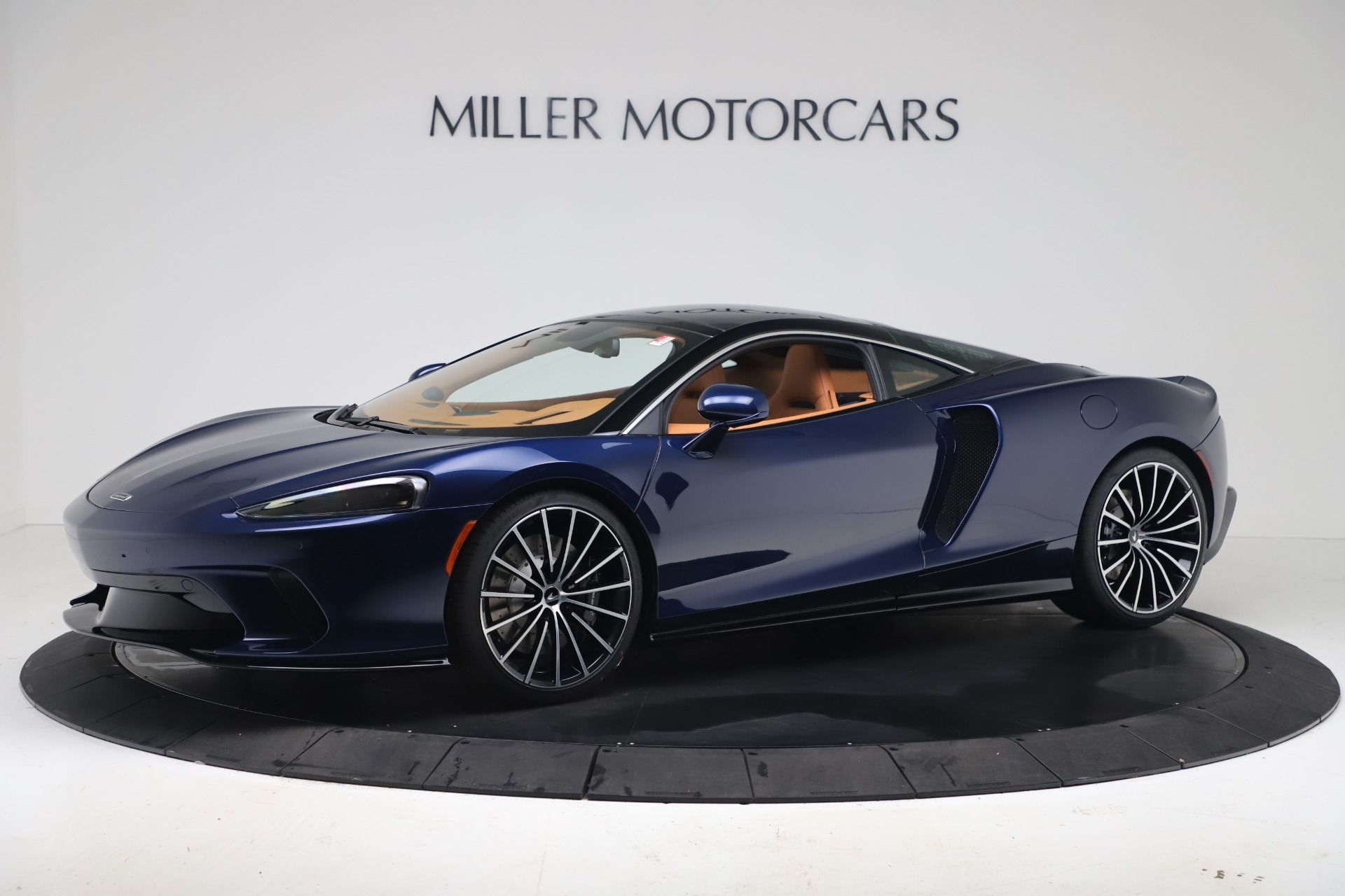 New 2020 McLaren GT Luxe for sale $244,675 at Aston Martin of Greenwich in Greenwich CT 06830 1