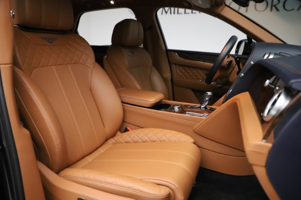 Used 2017 Bentley Bentayga W12 for sale Sold at Aston Martin of Greenwich in Greenwich CT 06830 20